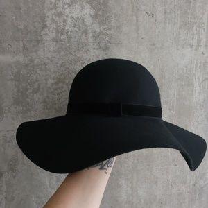 Nordstrom Wide Brim Velvet Trim Floppy Hat